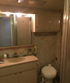 1987_brevard-nc_bathroom