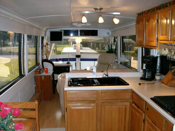 1994 Prevost H3 40 FT Motorhome For Sale in Lakeland, FL