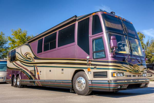 Prevost rv for sale in florida motorhome coach bus shell for Rv motor coaches for sale