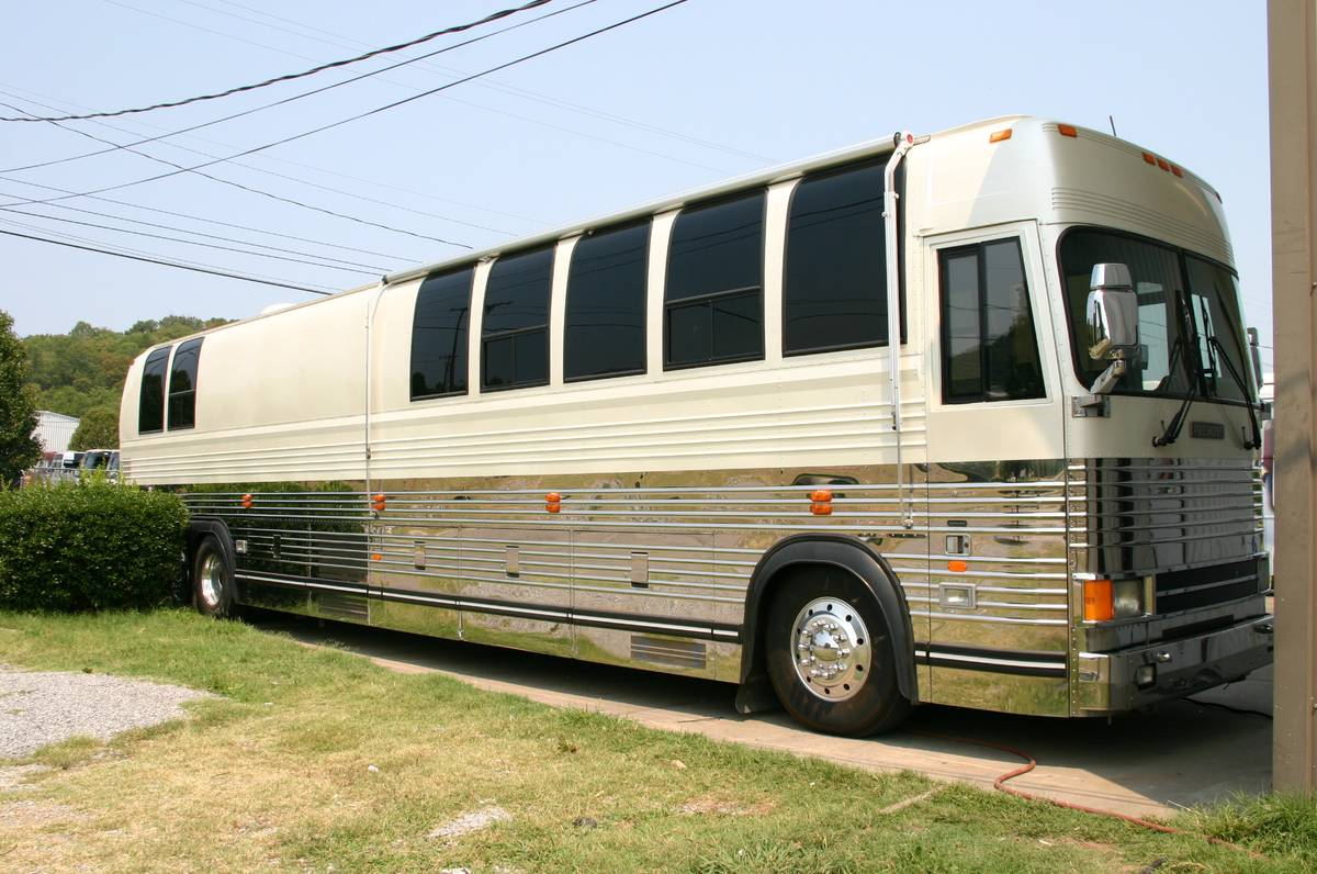 1999 Prevost Entertainer 45FT Motorhome For Sale in Morton, IL