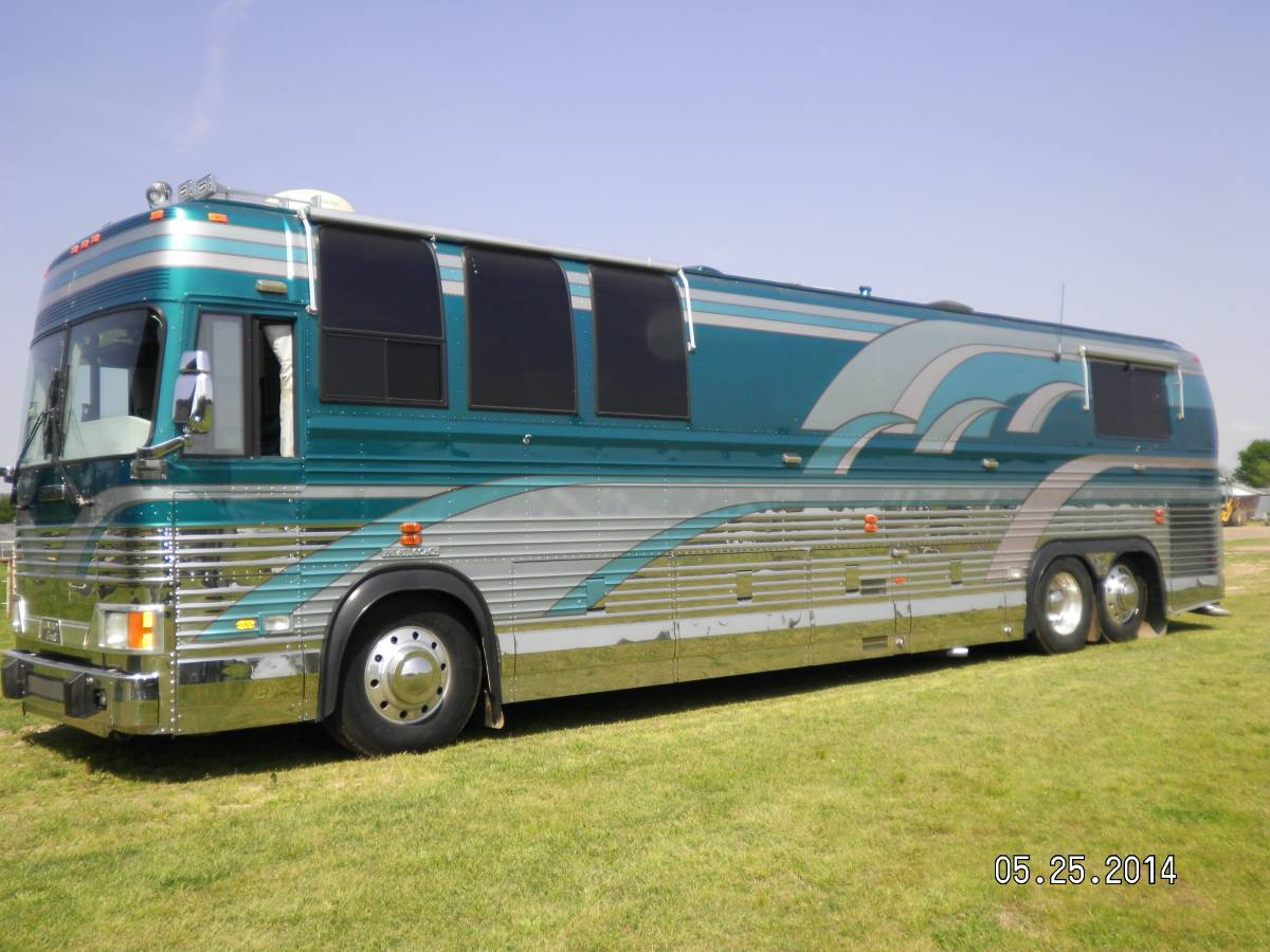 Prevost rv for sale in oklahoma motorhome coach bus shell for Rv motor coaches for sale