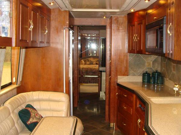2000 Prevost Royale 45 FT Motorhome For Sale in Montrose, CO