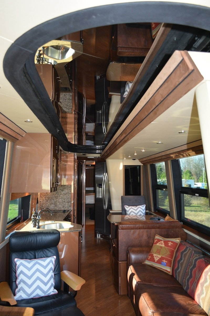 2006 Prevost Country Coach XLII Double Slide For Sale in ...
