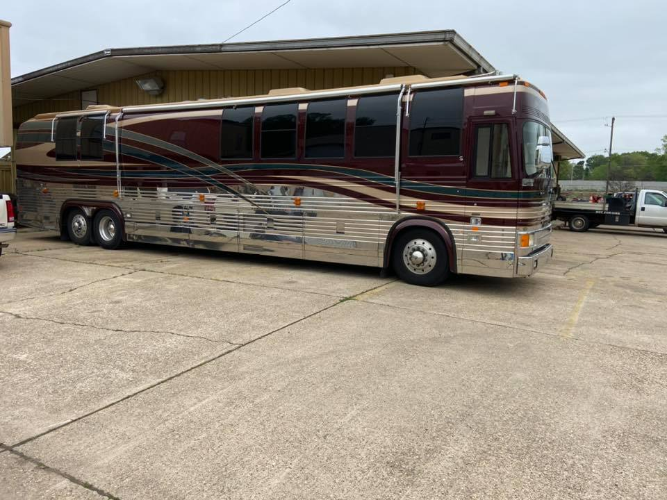 2000 Prevost Royale Coach 45FT Motorhome For Sale in ...